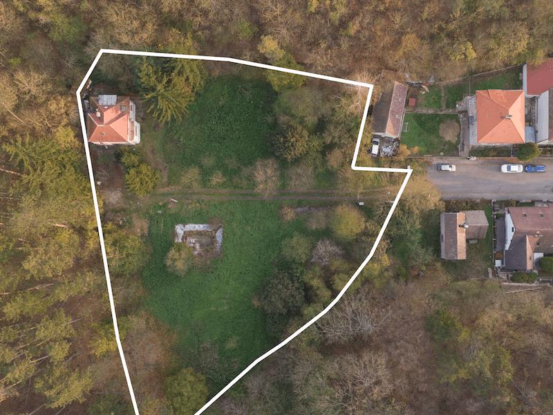 Prodej pozemku 4 778 m², Praha 5 - Radotín