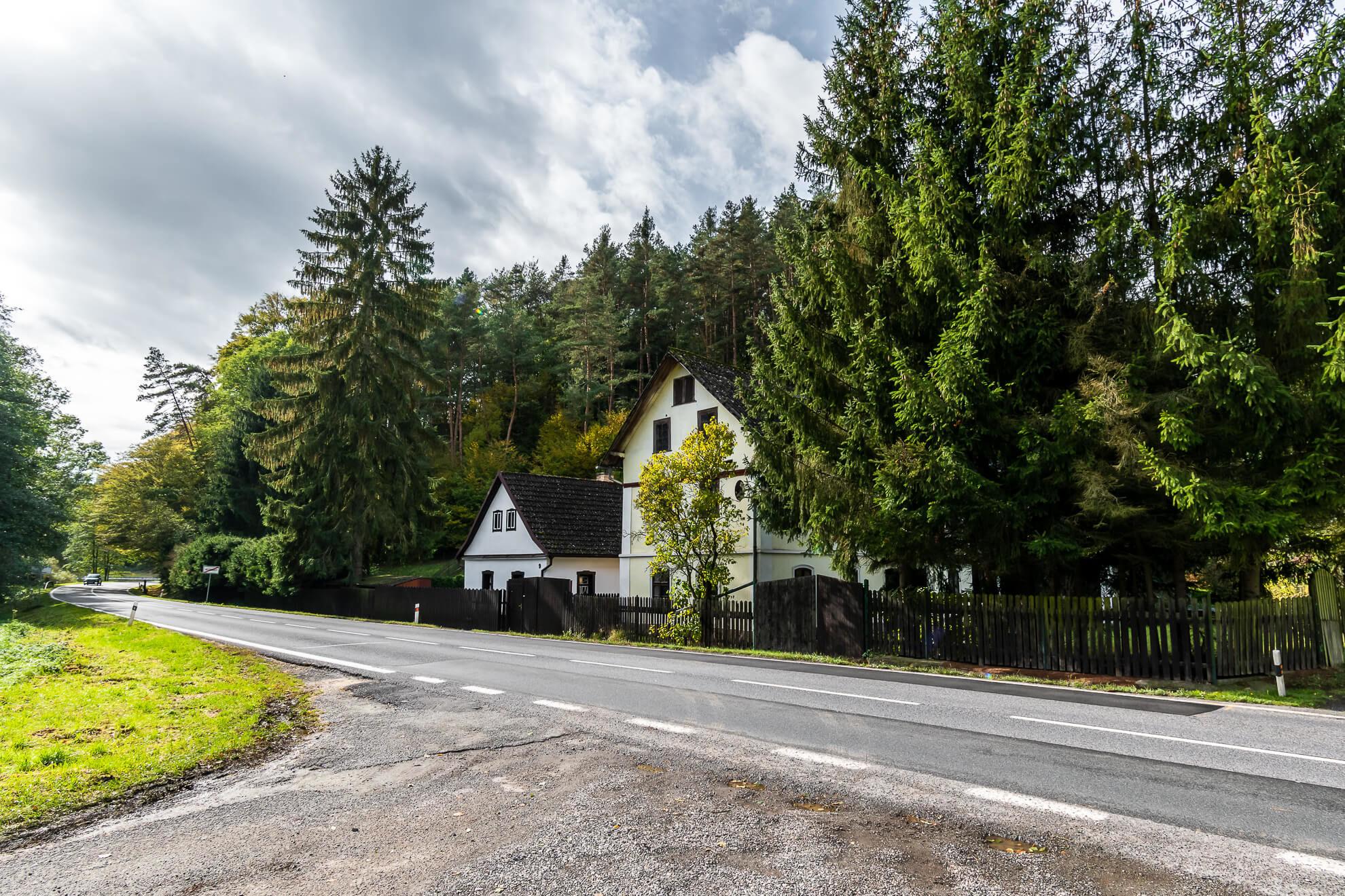 Prodej domu vosobním vlastnictví 146 m2, Medonosy
