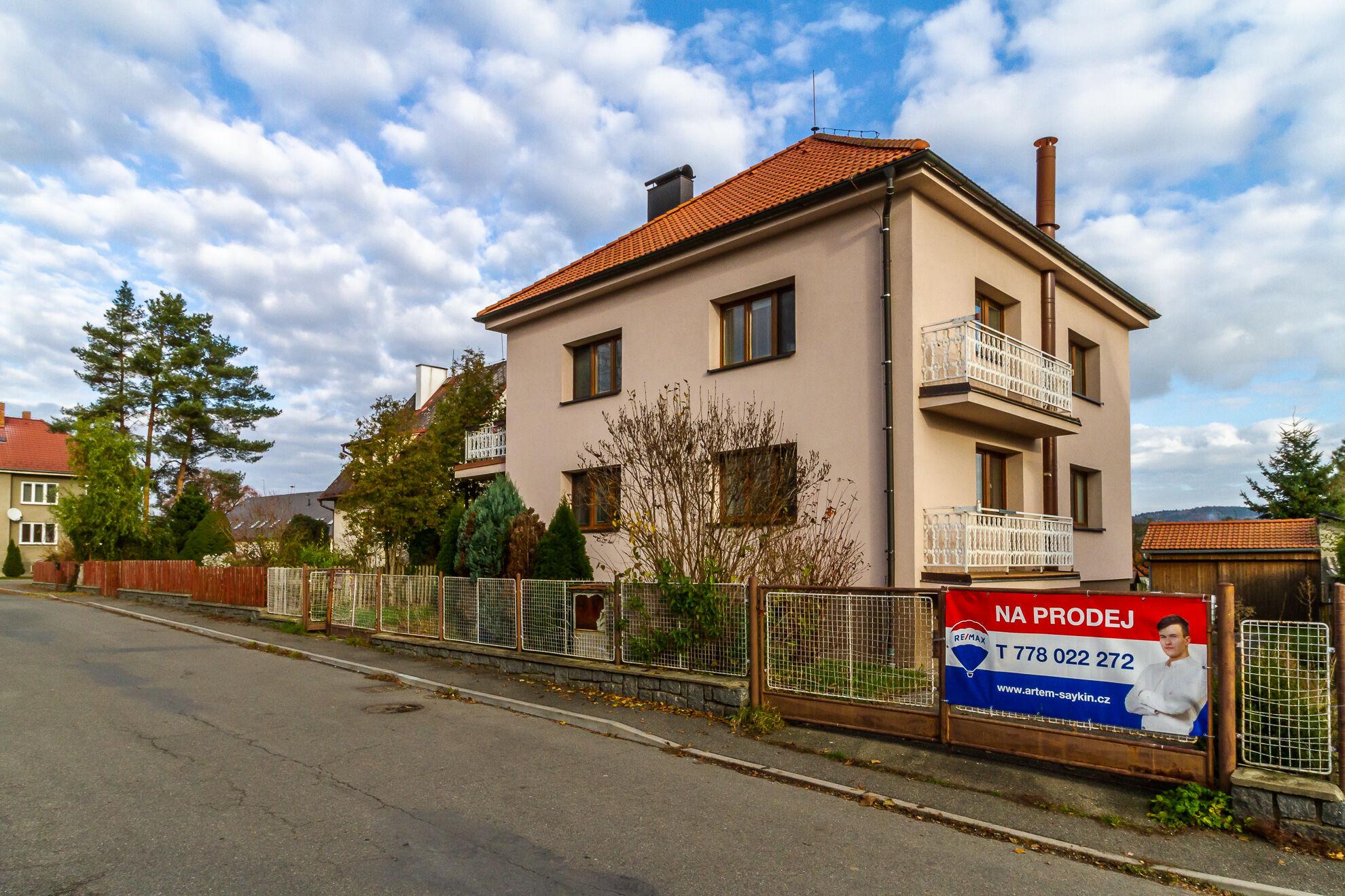 Prodej domu, Prčice
